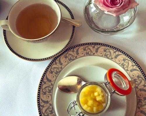 Montagu-Arms-afternoon-tea-a