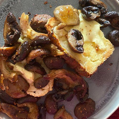 Mushrooms on toast 2